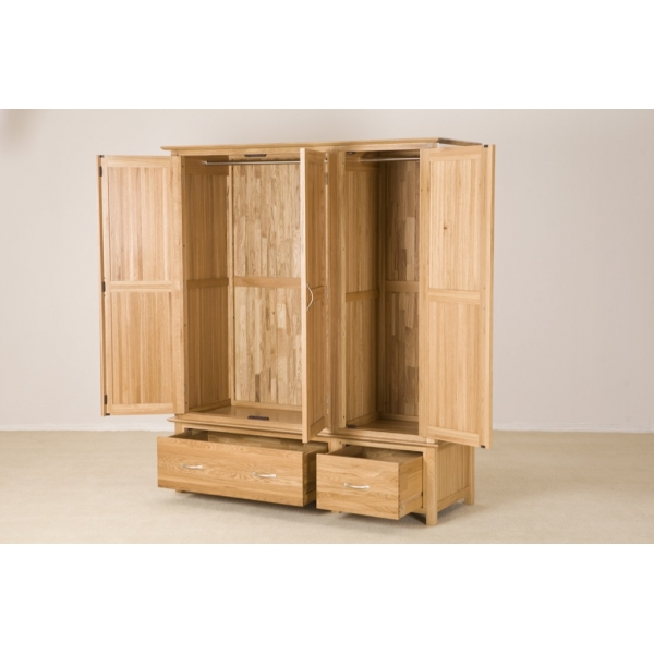 TRIPLE WARDROBE WITH DRAWERS